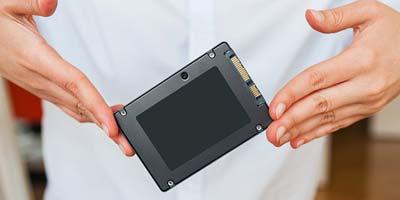 chọn mua ổ SSD